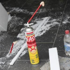 Клей для наружных и внутренних работ по приклеиванию пенопласта к стенам фасада - магазин строительных материалов Азимут.