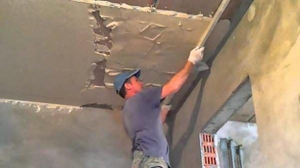 Гипсовая штукатурка Ротбанд Knauf - выравнивание потолка, стен по маякам.
