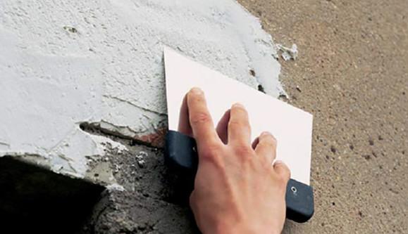 Качественная шпатлевка для наружных работ - цементная шпаклевка для стен и фасада, ванной комнаты и кухни - магазин стройматериалов Азимут.