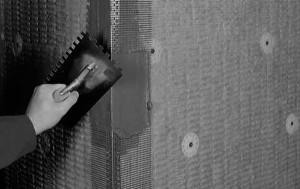 Угол с сеткой фасадный на откосах приклеивание на клей.