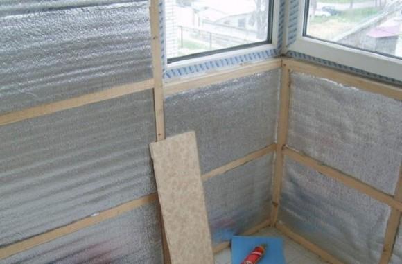 Фольгированная теплоизоляция в строительстве для ремонта и утепления балкона или гаража.